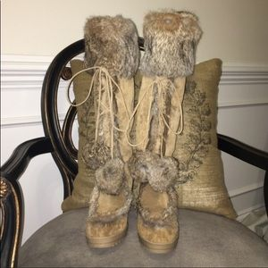 Coach camel colored Karita suede heeled boots sz 8